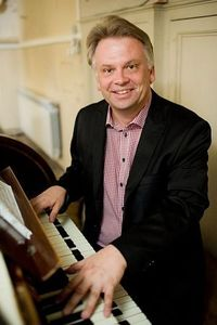 Стефаньски Марек (орган)