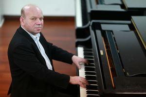 Сикорский Андрей (фортепиано)
