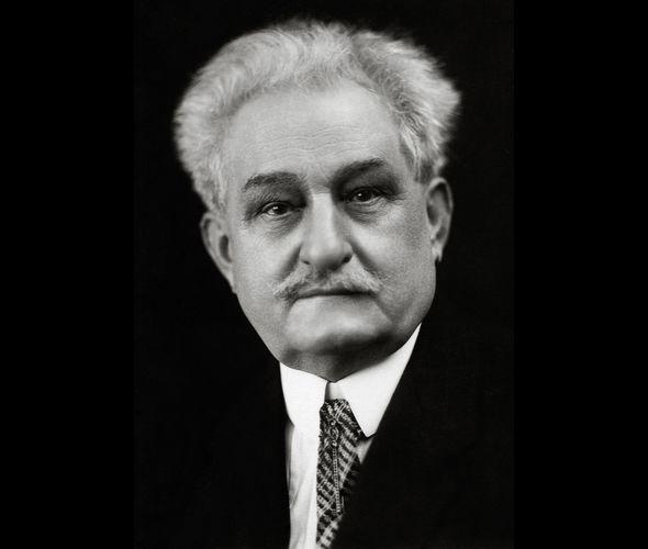 Яначек Леош (1854 - 1928)