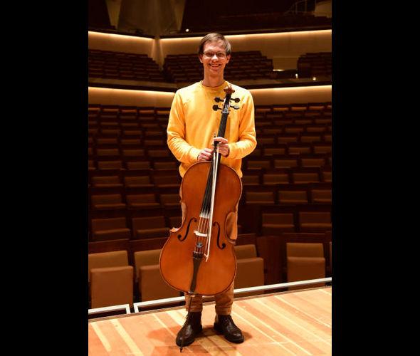 Сердюков Александр (виолончель)