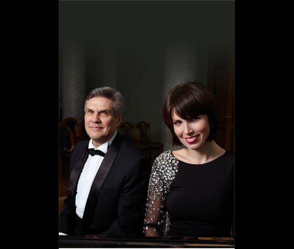 Piano duet Natalia Kotova and Valery Borovikov