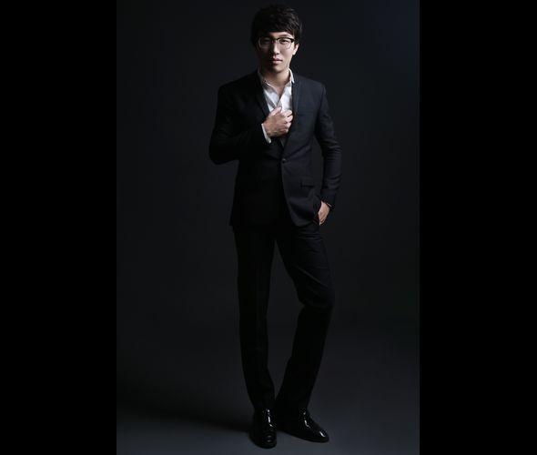 Дже Юэн (фортепиано)